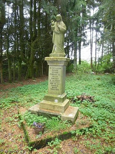 Vierge du Bosquet et sanctuaire Hanus-Toussaint