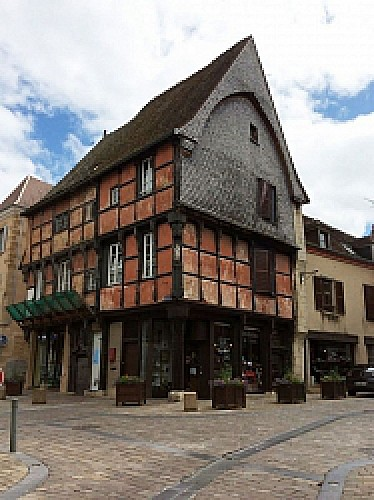 The Timbered House Place Laisnel de La Salle
