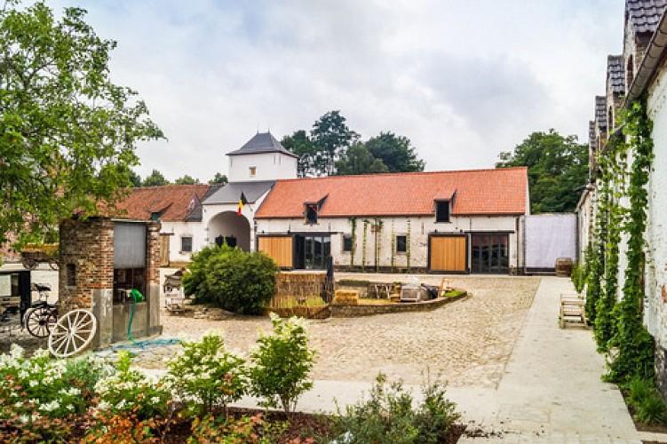 L'Hôpital des Anglais - Ferme de Mont-Saint-Jean (Farm)