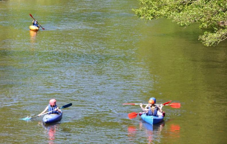 La descente du Viroin en kayak ou canoé en pleine nature