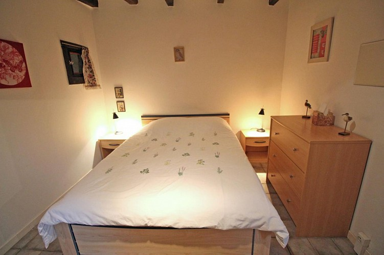 875381 - 4 people - 2 bedrooms - '3 épis' (ears of corn) - St Julien le Petit