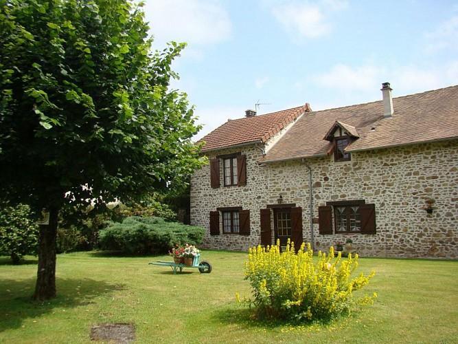 874320- 5 people - 3 bedrooms - 3 'épis' (ears of corn) - St Laurent Les Eglises