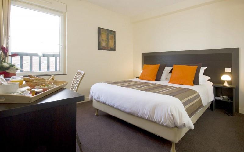 standard-room-1440x900