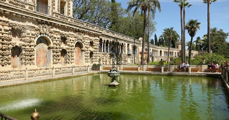 Visite guidée du palais de l'Alcázar et de la cathédrale de Séville - Avec coupe-file - En français