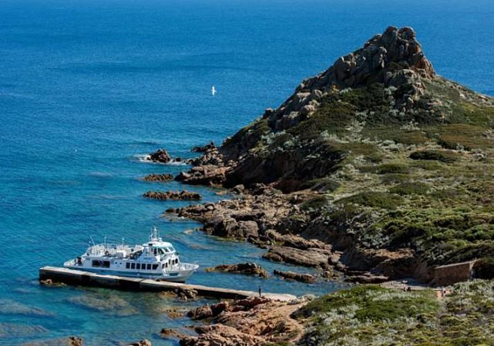 Iles Sanguinaires cruise with a stopover at Mezzu Mare - Leaving from Ajaccio and Porticcio
