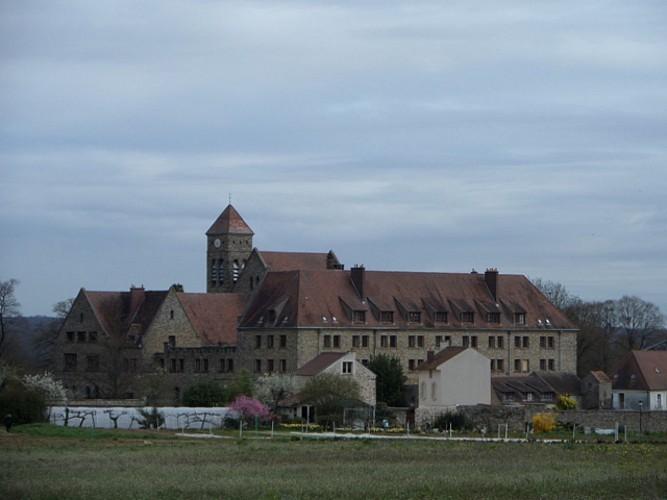 Abbaye Saint Louis du Temple à Vauhallan