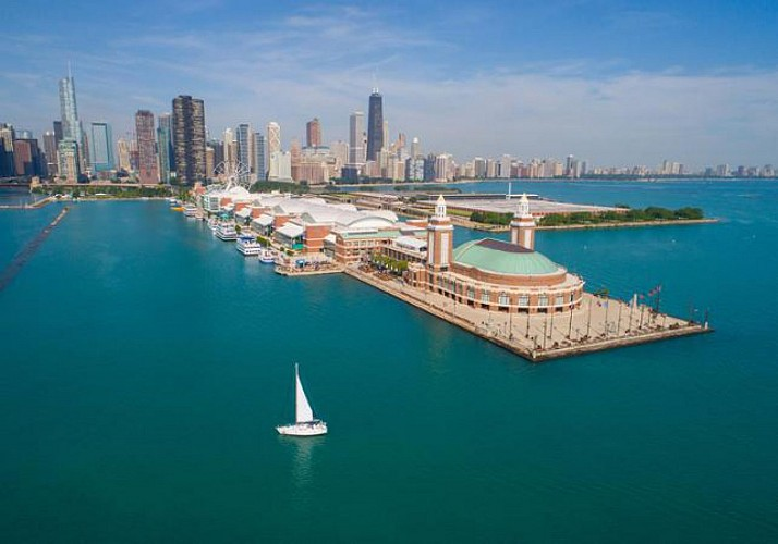 2-in-1 Tour: Chicago's South Side by Bus + Cruise on the Chicago River