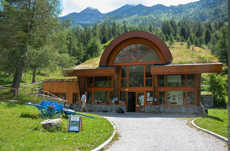 Rosuel mountain hut