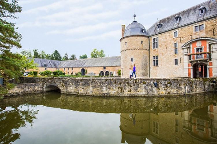 The Château de Lavaux-Sainte-Anne (castle), nature and cultural heritage in Rochefort