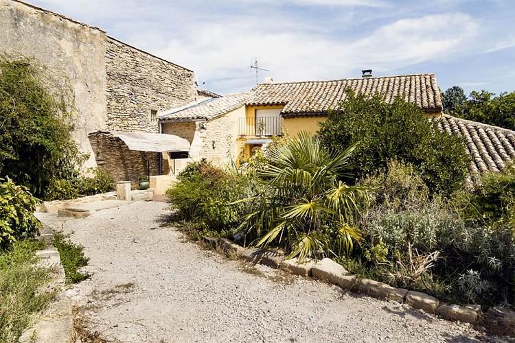 """Gîte """"Les Aires passagères"""" – SERNHAC – location Gard"""