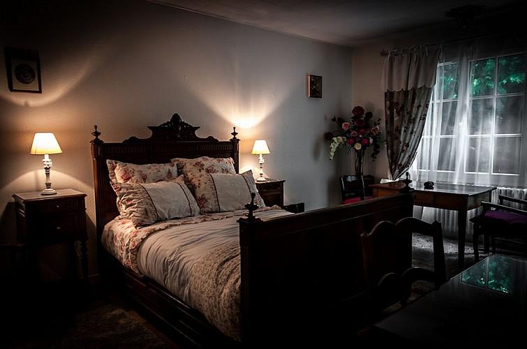 mauleon-chambre-dhotes-prairie-de-leontine-chambre-leontine