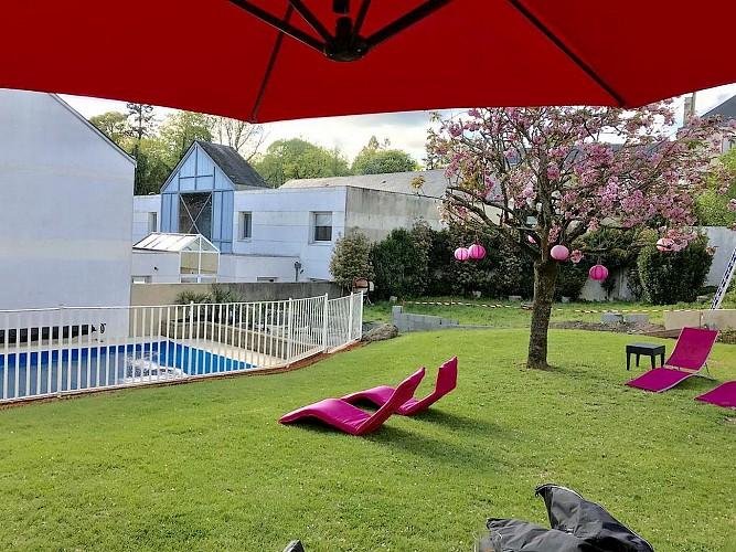 cerizay-hotel-le-cerizay-exterieur-piscine