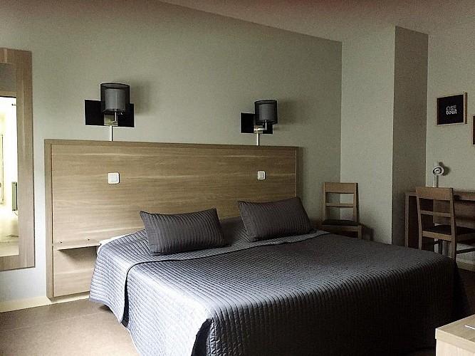 cerizay-hotel-le-cerizay-chambre5