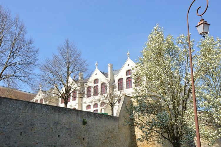 hôtel particulier Tyndo patrimoine Thouars.JPG_1