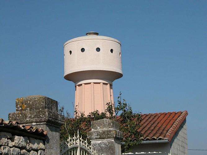 L'ancien château d'eau de La Rochénard transformé en observatoire touristique