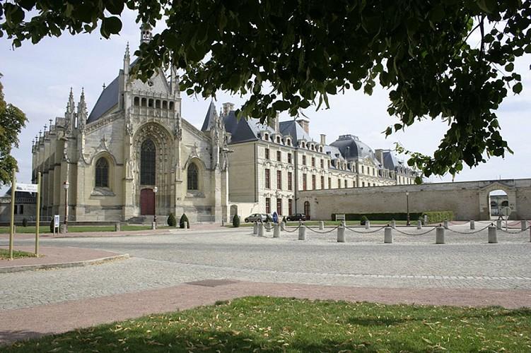 chapelle Notre Dame patrimoine Thouars.jpg_5