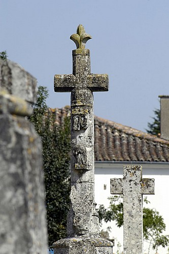 La croix hosannière du XVème siècle