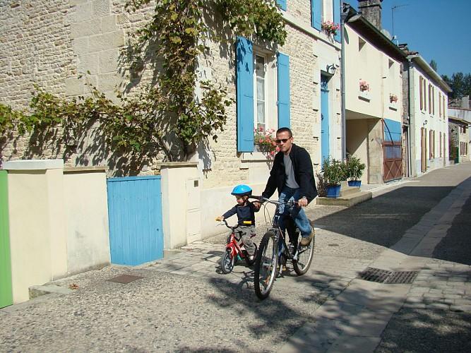 Le village-rue de La Garette
