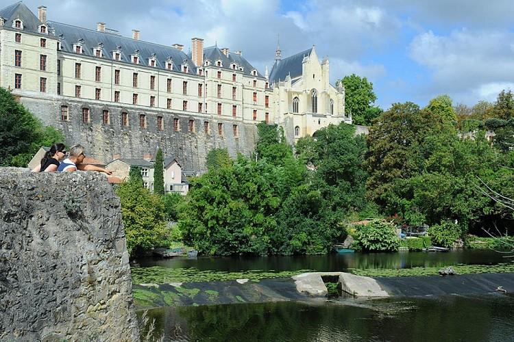 Chateau des ducs de la tremoille patrimoine Thouars Thouarsais.jpg_2