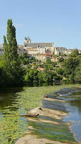 église St Médard patrimoine Thouars.jpg_6