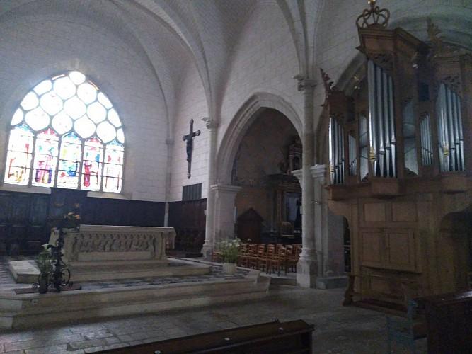 Intérieur église Saint-Loup