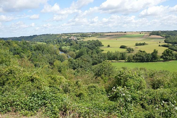 belvédère cirque Missé Thouarsais panorama nature compresse4.JPG_4