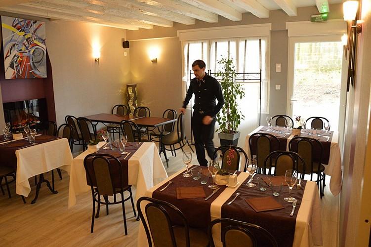 Restaurant le trait d'union Thouars compresse11.jpg_8
