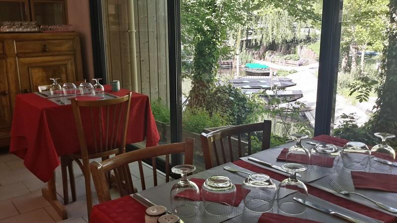 """Le restaurant """"Le Lidon"""" à Saint-Hilaire-la-Palud"""