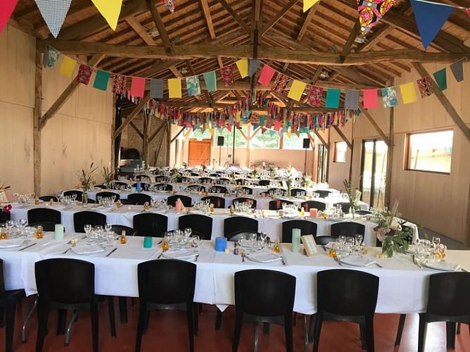 salle-grange-grde-table-mariage-1