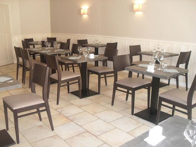 interieur_restaurant_patio_arcais.jpg_3