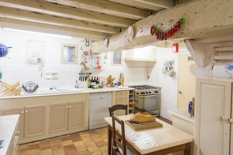 Domaine-du-Prieure-Virsac---cuisine-1-800x600