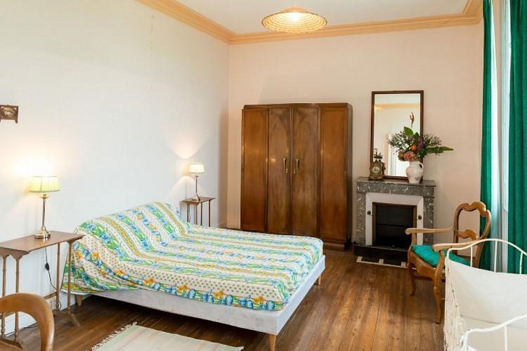Domaine-du-Prieure-Virsac---chambre-5-800x600