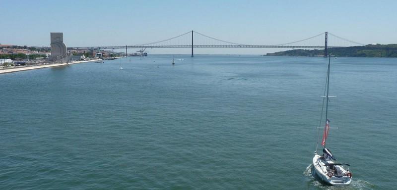 Croisière privée en voilier sur le Tage - Lisbonne