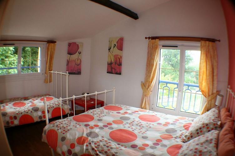saint-paul-en-gatine-gite-au-cocorico-chambre1.jpg_3