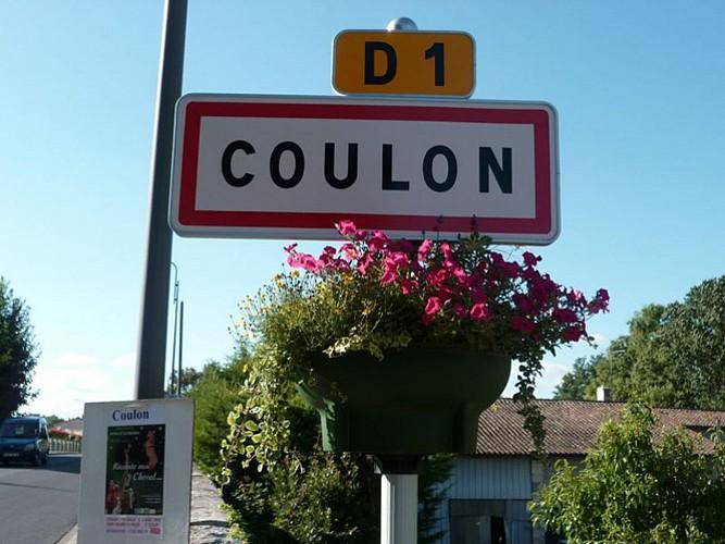 L'entrée du village de Coulon