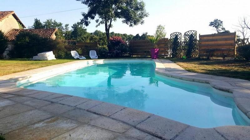 clesse-gites-des-freaux-piscine.jpg_1