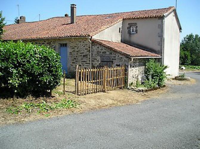 Terrasse Coté Cour.JPG_4