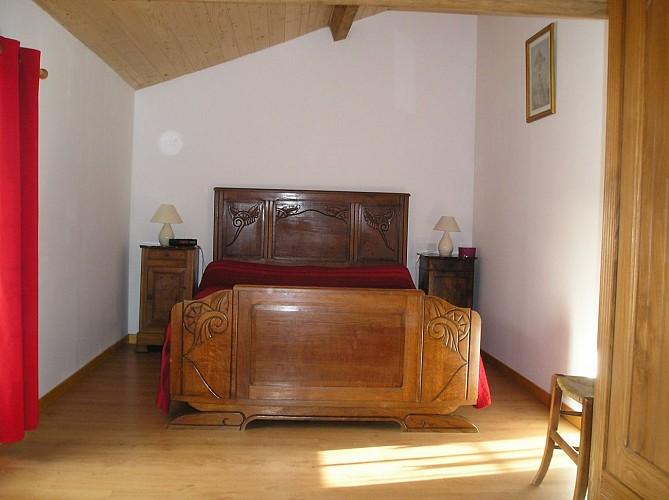 Chambre 3 Coté cour.JPG_11