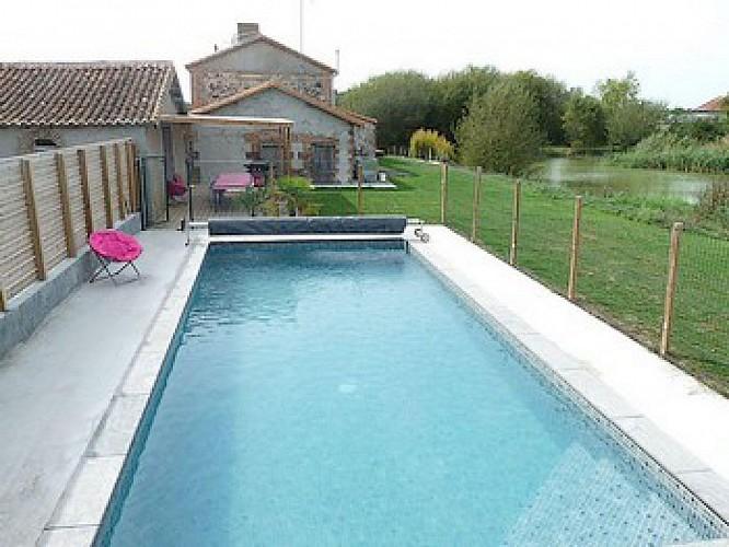 piscine2.JPG_8