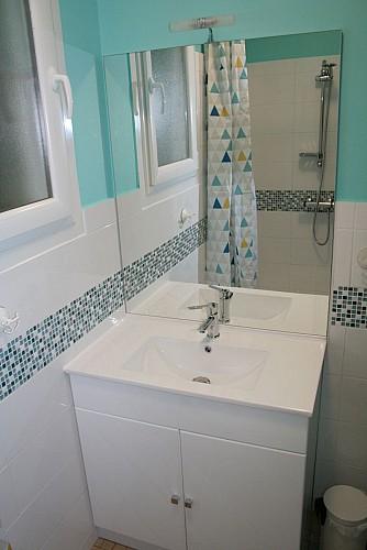 saint-maurice-etusson-gite-la-bliniere-salle de bain
