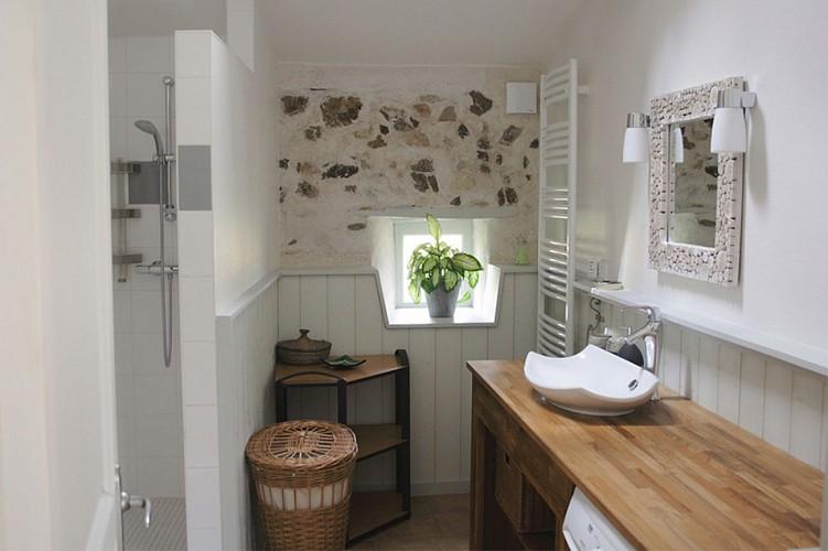 Salle de bain meublé Fouquerelle jolivet St pierre à champ val en vignes Thouars