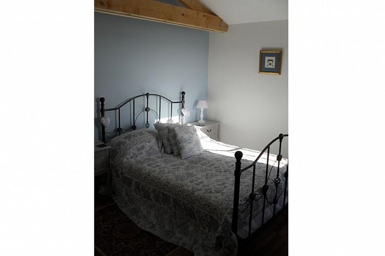 Chambre meuble l'ecurie Denby St Pierre a champ Val en Vignes Thouarsais