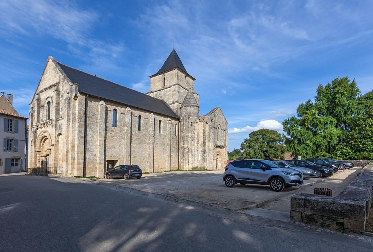 Les remparts de l'église