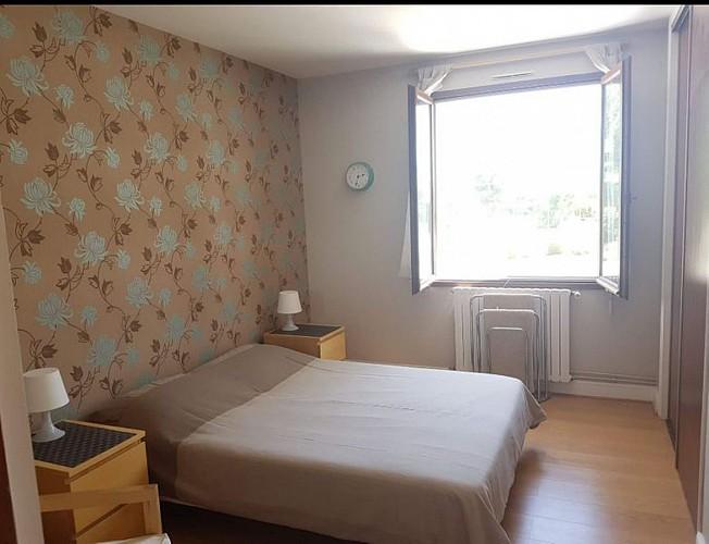Chambre 4 Meublé La grande maison des tournesols Hilton St-Jouin-de-Marnes