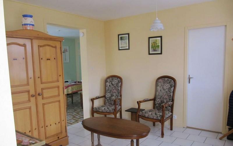 Salon meublé La Maison du pêcheur Davy St Martin de Sanzay Thouarsais