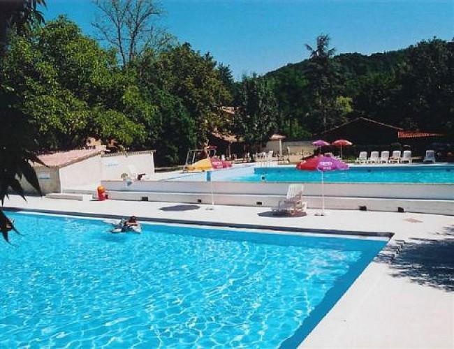 SaintHilairedeLusignan_CampingleMoulindeMellet_piscine