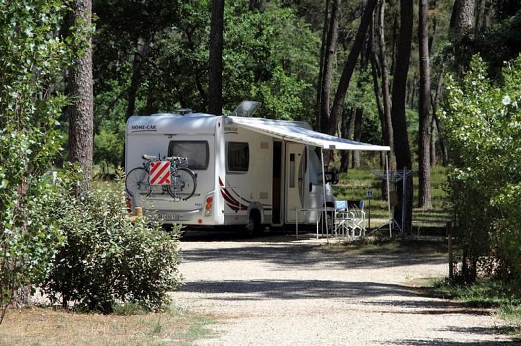 Caste_chalets_camping_car