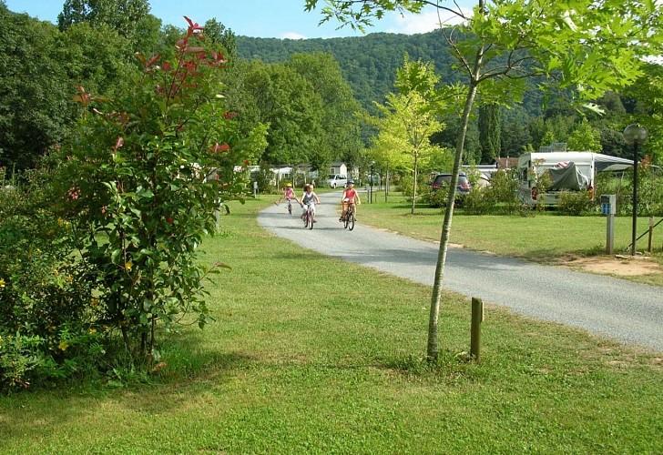 Camping de la truite-balade-vélo-ascarat