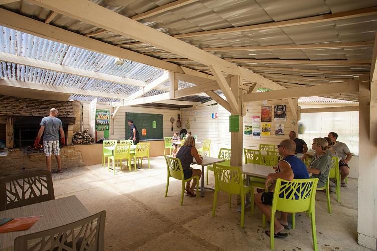 Salle-restaurant---Les-Hauts-de-Calviac