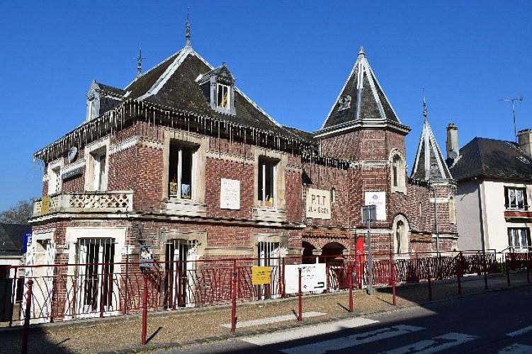 12 - Ancienne maison Grandchamp, dite de Maurice Leblanc